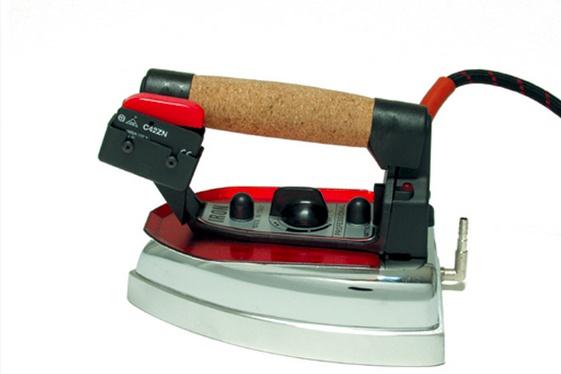 Fier de calcat cu aburi si electric - Iron Professional