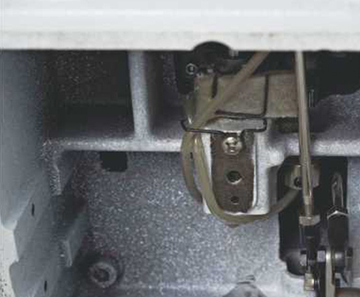 Masina de cusut in perimetru LS-T3020