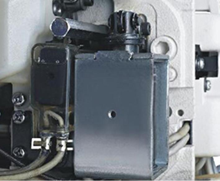 Masina de cusut cu 2 ace escamotabile LS 8450N-D4
